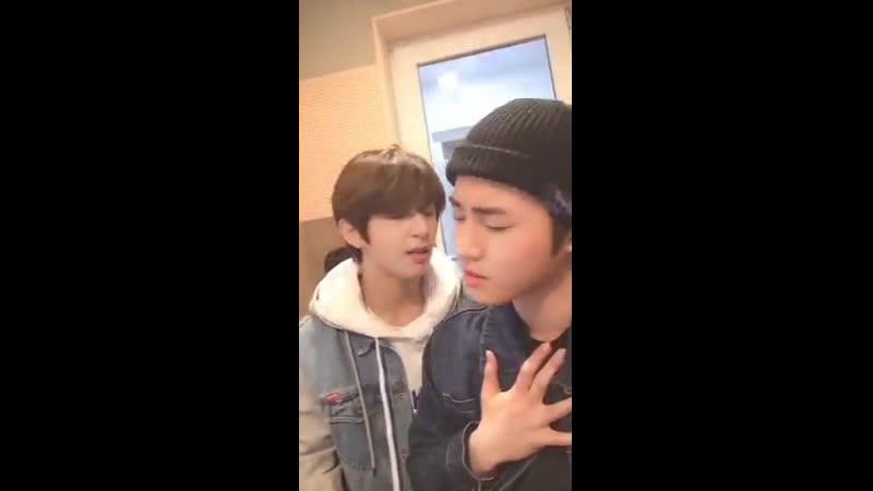 Y Sungmin supporting Joochan