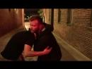 Eli Knight - сабмишены на улице с применением одежды