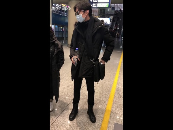 【fancam】Dimash Kudaibergen Димаш Құдайберген 迪玛希 20181205 pek airport
