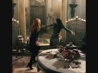 A little dance with the shedevil to say happy birthday to my favorite evil step-mother @annabananahops ! adore you, my dear! .mp