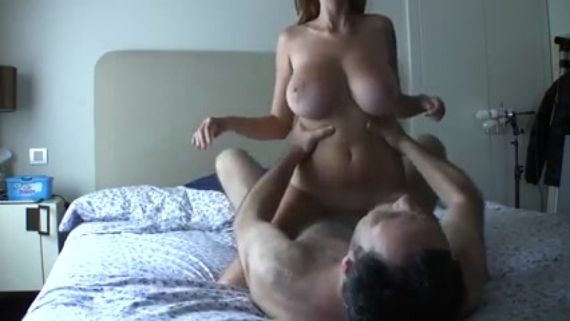 9833568_unreal_busty_blonde_from_18hard_com_rides_.mp4