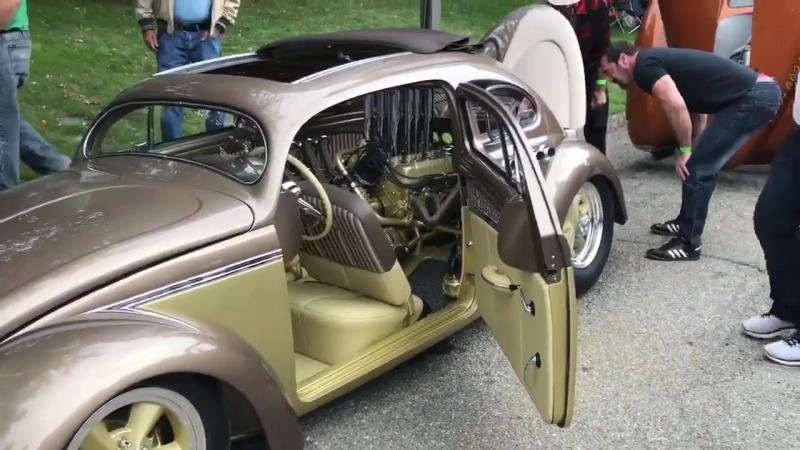 Возможно это самый крутой V8-самоубийственный жук VW Beetle