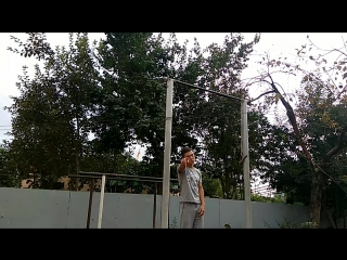 O.ARM HANDSTAND AND MUSCLE UPS