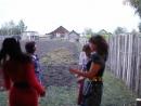 видео с 2010 года с юбилея мамы в деревне