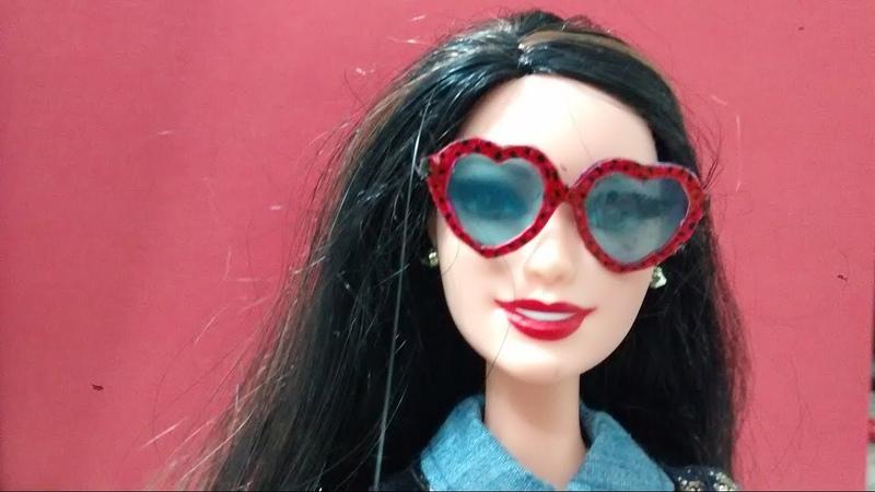 Como fazer mini óculos de sol para Barbie e outras bonecas!