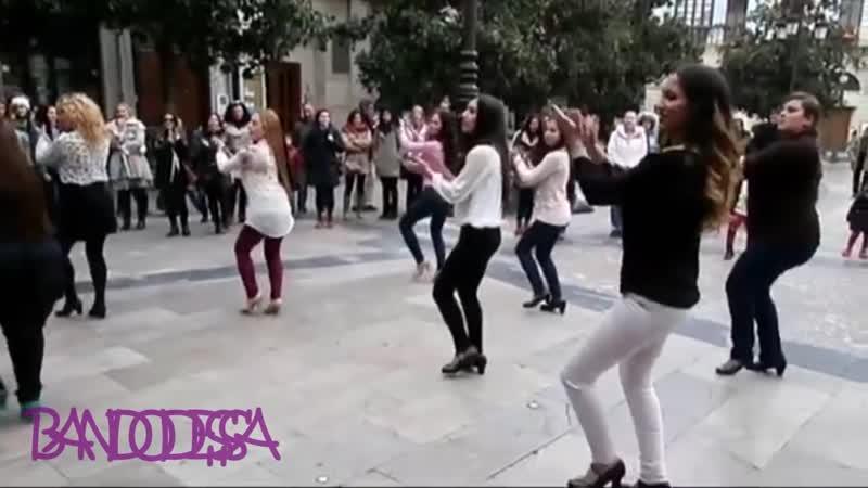 ДЕВОЧКИ ТАНЦУЮТ , ГОСПОДА BAND ODESSA