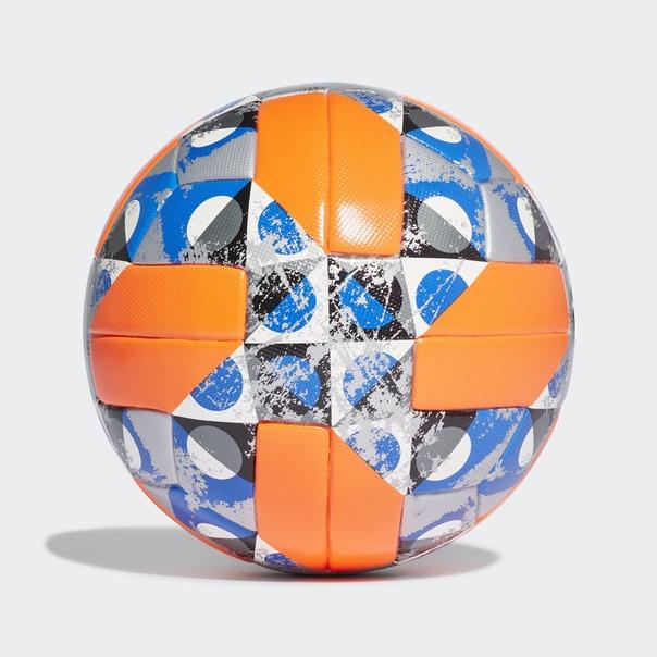 Футбольный мяч UCL Winter
