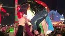 Башня из стаканов: болельщики в Казани развлекались как могли
