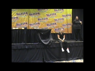 Камрен Бикондова на конвенции «TampaBayComicCon» в конференц-центре «Tampa Convention Center» (05.08.2018)