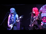 L7 - Live At The San Diego Music Thing (14.11.2015)