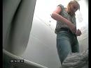 В Краснодаре девушки писали в туалете на скрытую камеру - смотреть бесплатно это видео онлайн на Вуайерист-Сайт.mp4