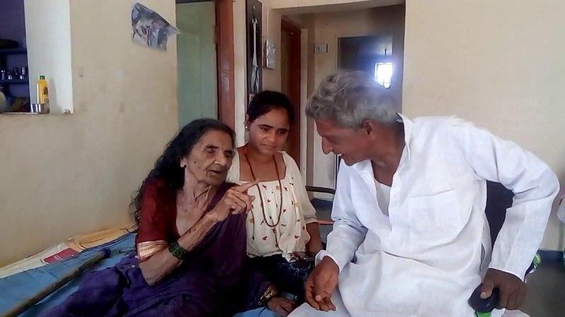 Путешествие по Индии. 95 летняя сестра Амбы не видит и не слышит, но поёт песни о Боге.