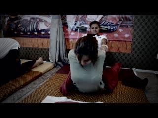 Thai massage (short 15sec)