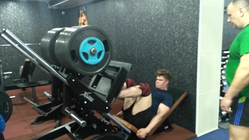 20.06.2018, Алексей Халявин, жим ногами, 380кг