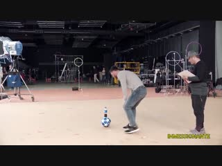 Lionel messi bottle flip challenge ● messi amazing pepsi trickshot 2019 - hd new