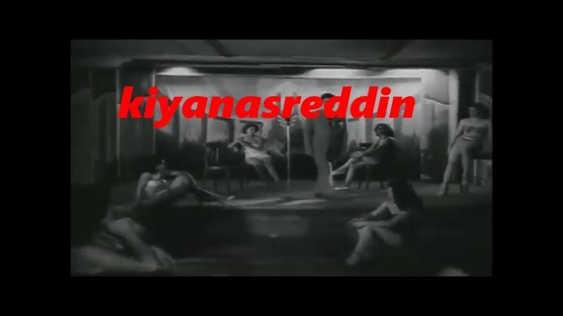 Türk filminde yarı çıplak karıların Zeki Müren sevgisi - erotik nude girls in old turkish movie