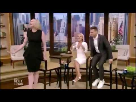 FUNNY! Gwendoline Christie (Brienne Phasma Lyme) the fan in the restroom Game of Thrones Star Wars