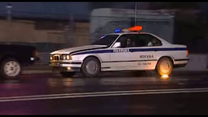 Игра на выбывание(2004)-car crash scene.