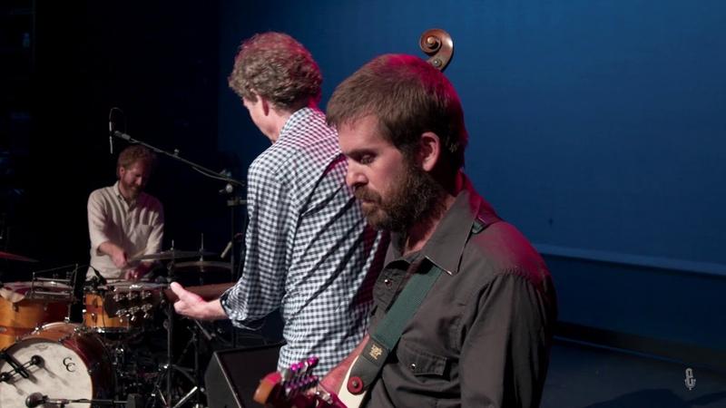 Mandolin Orange - Wildfire (Live on eTown)