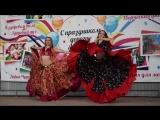 Девочки очень классно танцуют цыганочку!