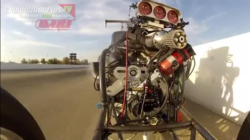 Взрыв двигателя драгстера