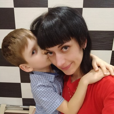 Лена Караваева