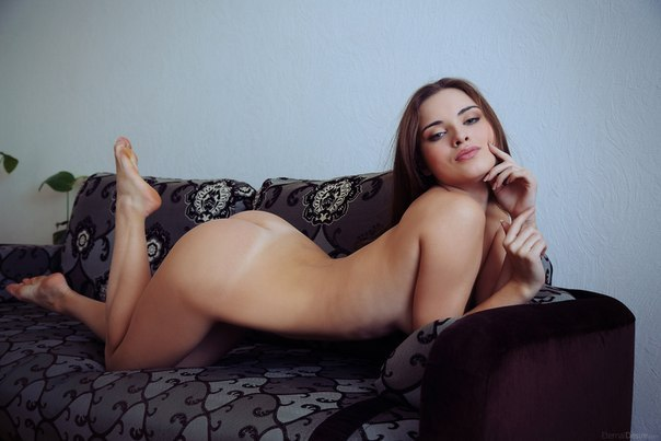 Free pictures nude skinny lesbian girls