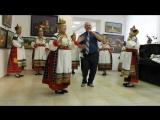 Выступление Подсереденского народного коллектива на открытии выставки Виктора Ковалева