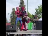 Дэдпул и Человек-паук станцевали под песню Shake It Off