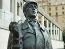 Наш Шерлок Холмс лучше всех: смотрим лучшие памятники талантливому сыщику