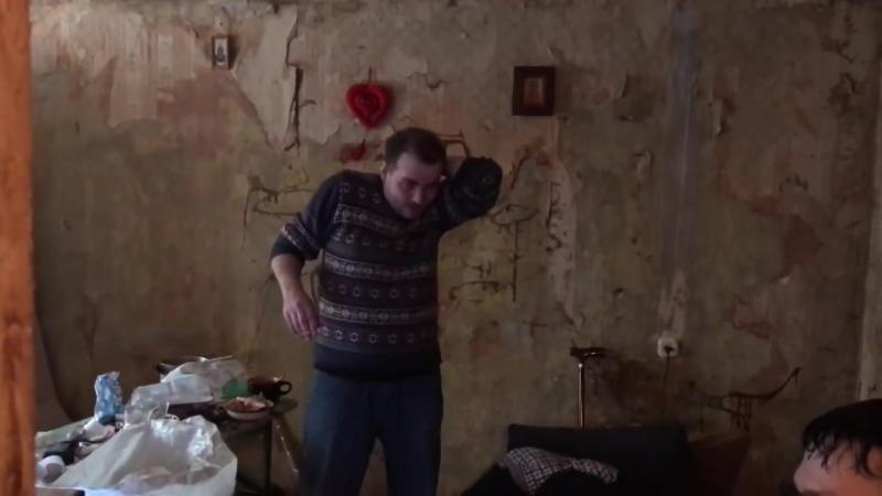 [Саша Белый] ВЛОГ:Уборка у Грязного Гарри на Квартире ( Часть 1)