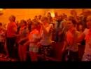 Девочки, мальчики танцуют...