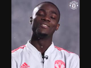 We think youll enjoy this message from some familiar faces! mufcxmas