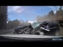 Вот это безопасность! Водитель Volvo выжил в опасном лобовом столкновении