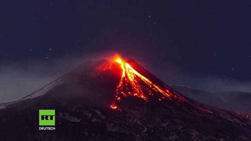 Europas größter Vulkan ausgebrochen Zeitraffervideo zeigt Lavaströme