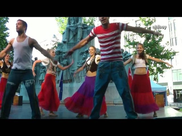 Lovely and lively Varidance Hungarian Swing Traditional Dance with French touch