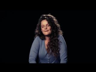 Девушки Кончают и Поют думая о Сексе на Дильде Фалосе Вибраторе