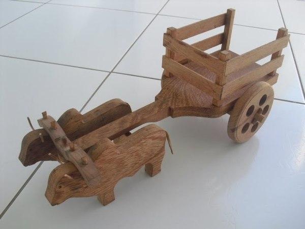 Carro de Bois Artesanal (Bullock Cart)
