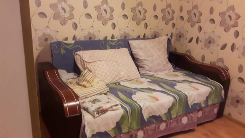Алушта продажа 2 ком. кв. в центре города ул. Ленина № 47 2 этаж 7 978 738-60-39