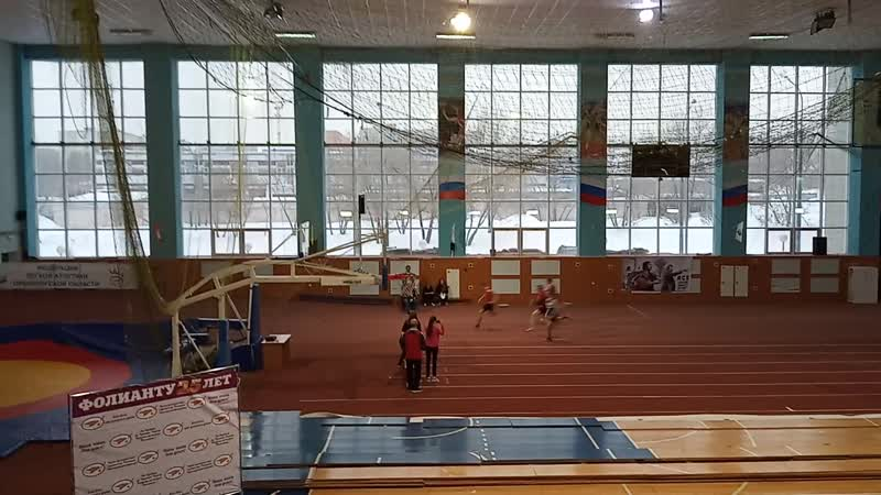 Финал в беге на дистанции 60 м среди мужчин: 1. Исаев И. (6,6 сек.); 2. Петров Д. (6,8); 3. Дымченко Д. (6,8).