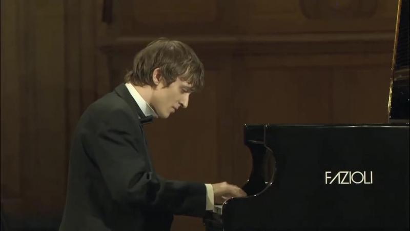 Бетховен. Соната № 8 («Патетическая») до минор.Финал. Александр Лубянцев
