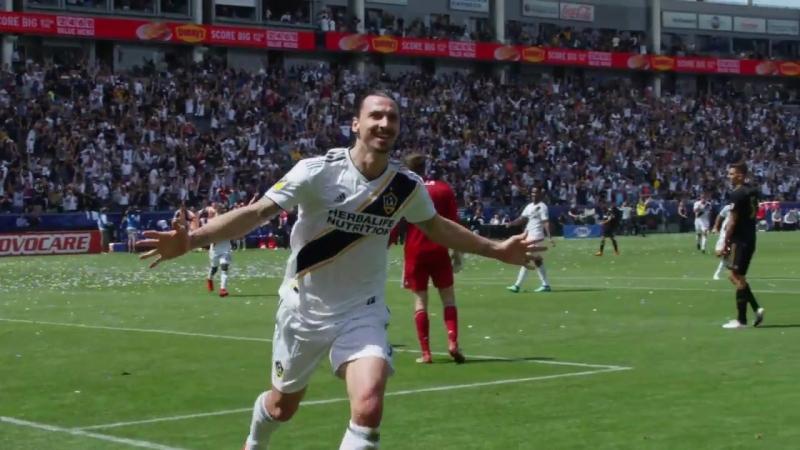 SLO-MO Zlatan Ibrahimovic amazing goal in the 91st minute debut in LA Galaxy