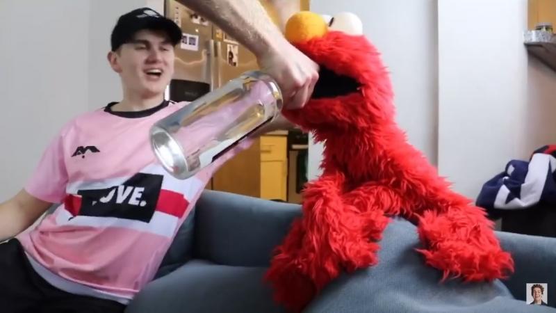 Elmo feels kinda FANTASTIC
