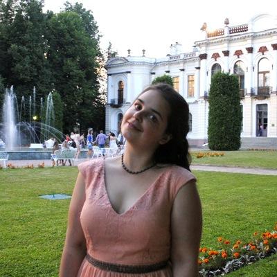 Катя Неженцева