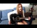 Девушка круто поет под гитару! очень красивая песня