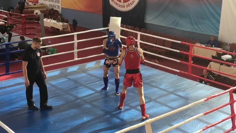 Кубок МО по тайскому боксу, Зинаков Евгений (синий угол) 1-й раунд
