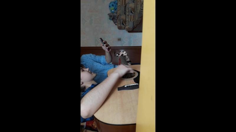 вертикальное видео с бц и волосатыми руками