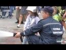 Машина, що стріляє водою, ретро автомобілі та пропозиція руки та серця: свято пожежної охорони пройшло у Парку Горького