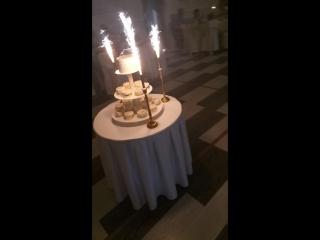 да сюрприз свадебный торт