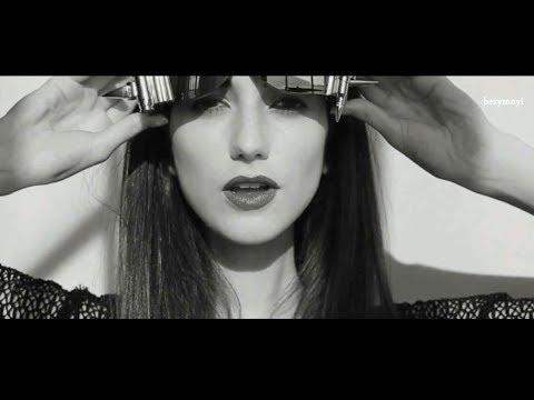 Eurythmics - Sweet Dreams(Gennadii Kaplin Remix) [Video Edit] ▁ ▂ ▃ ▄ ▅ ▆ ▇ █